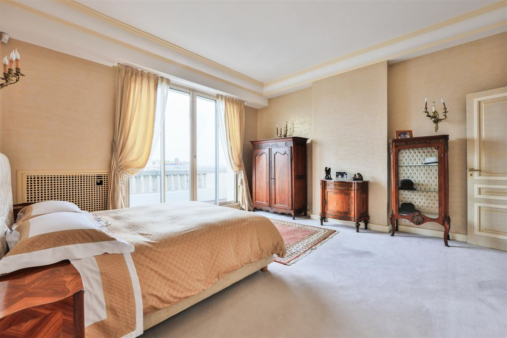 aparment for sale in paris 16